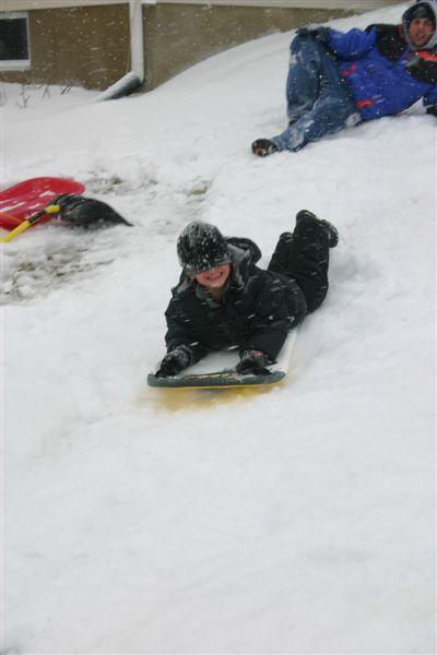 214_valentines_day_and_sledding_045
